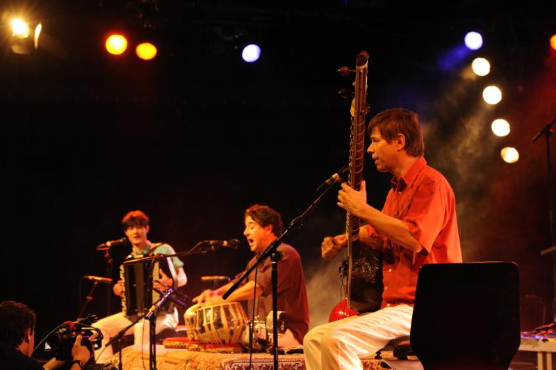 Newsletter September / October 2014 - India Instruments